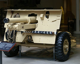 British 25 pounder Quick firing Mark II gun at the Imperial War Museum.jpg