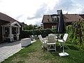 Bromma sockenstuga (gamla prästgården), 2013i, nya prästgården till höger.jpg