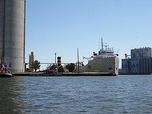 Bulk carrier Alpena - IMO 5206362 - Milwaukee, WI, USA - 14 Aug. 2011 - (1).jpg