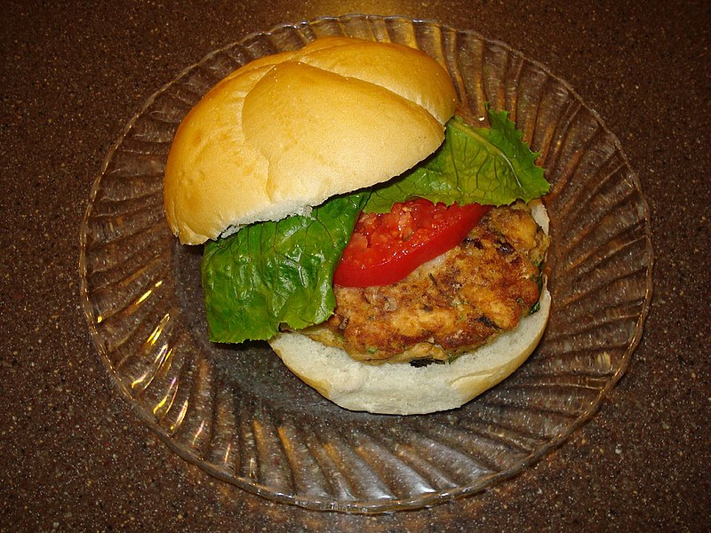 File:Bulkie roll spicy salmon burger.jpg
