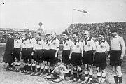 Bundesarchiv Bild 102-07723, Mailand, Fussballspiel Italien-Deutschland