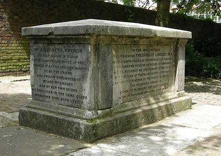 Tomb of the Unitarians Theophilus Lindsey (died 1808), Elizabeth Rayner (died 1800) and Thomas Belsham (died 1829) Bunhill Lindsey tomb 2.JPG