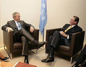 Jan Eliasson - Jan Eliasson (right) meeting with George W. Bush in 2005.