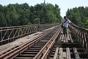 CLI na moście kolejowym koło Pilchowic.JPG