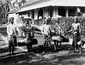 COLLECTIE TROPENMUSEUM Mannen met runderen opgetuigd voor de stierenrennen TMnr 60017270.jpg