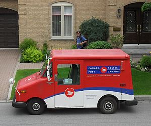 Grumman LLV - A Grumman LLV of Canada Post, seen here in Montreal, Quebec, in June 2010.