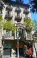 Casa Pere Salisachs - en un dia de sol.jpg