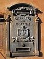 Cassetta per le lettere in Rome, Italy.jpg