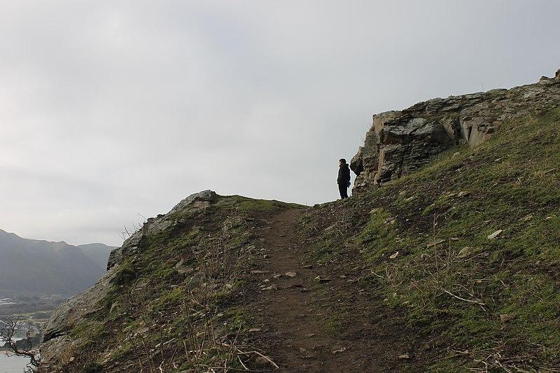 File:Castell Degannwy Deganwy Castle Sir Ddinbych Wales 53.JPG