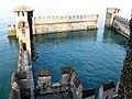 Castello Scaligero di Sirmione dagli spalti.jpg