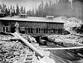 Cedar Falls Powerhouse with water flowing underneath, 1903 (INDOCC 1757).jpg