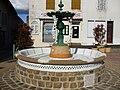 Châlus, Haute-Vienne, France, fontaine Font Crimosana.jpg