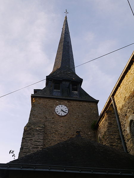 Le clocher de l'église Saint-Maurice.