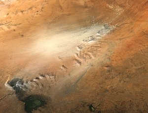 Bodélé Depression in Africa Dust storm in the ...