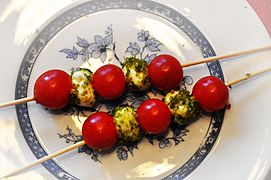 Cherry tomatoes on skewers.jpg