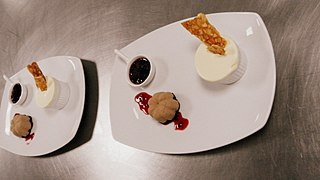 File:Chocolate Mousse with Frozen Soufflé and Berry compote (2).jpg ...