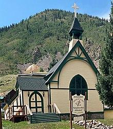 Chiesa-sulla-collina.jpg
