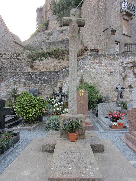 Cimetière du Mont-Saint-Michel, tombe de Couillard