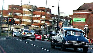 Rosehill, London - Traffic approaching the main roundabout