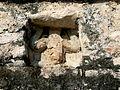 Cobá - Nohoch Mul Pyramide 4 Tempel Herabsteigender Gott.jpg