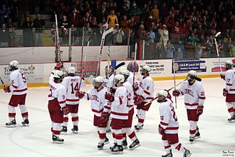 Cornell Big Red - The Lynah salute