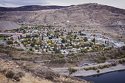 Coulee Dam, WA from Crown Point.jpg