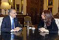 Cristina Fernández de Kirchner con César Pelli.jpg