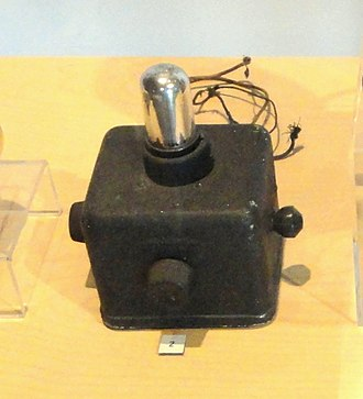 Powel Crosley Jr. - The Crosley Pup 1-tube radio