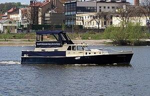 Cvičná loď Skipper Mistress.jpg