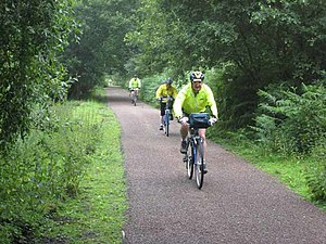 Pennine Cycleway - Image: Cyclists on the South Tyne Trail near Lambley geograph.org.uk 886415