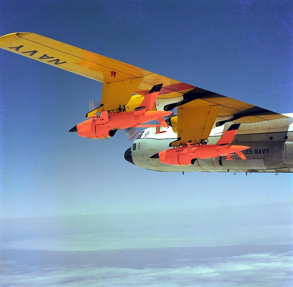DC-130 mounted Firebees DN-SC-85-06043
