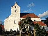 Fil:Dalby kyrka, heligakorskyrkan, skåne, sweden 2009.jpg