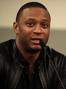 David Ramsey v roce 2014 na Phoenix Comicon Fan Fest na University of Phoenix Stadium v Glendale