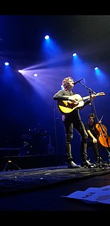 Dean Lewis Australian pop singer-songwriter