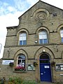 Denholme community library (36918487696).jpg