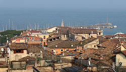Desenzano del Garda-Panorama dal castello.JPG