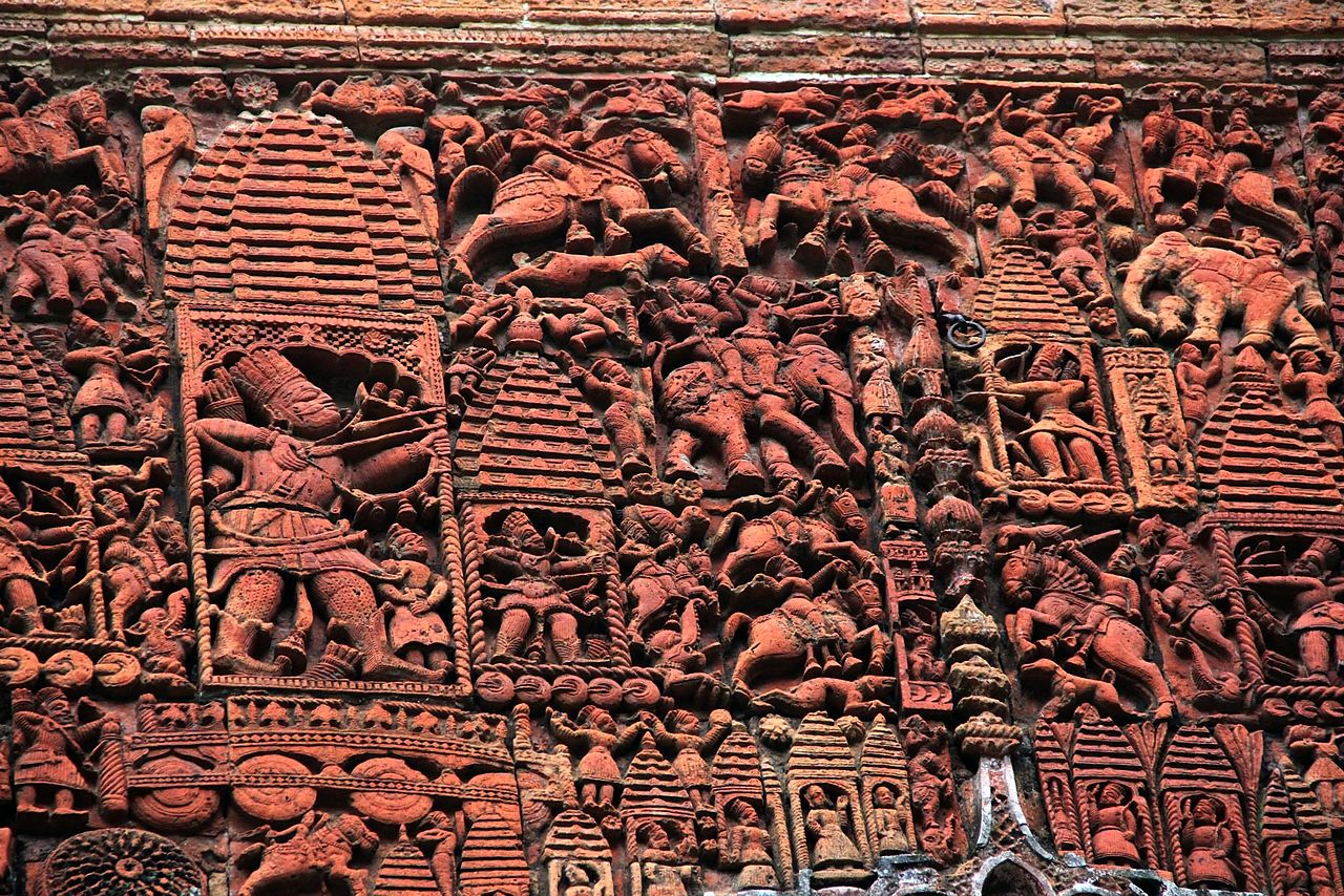 Detailing of terracotta on the Kantanagar temple's wall 02.jpg