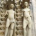 Die Figuren von Adam und Eva waren die ersten lebensgroßen Aktskulpturen seit der Antike. - panoramio.jpg