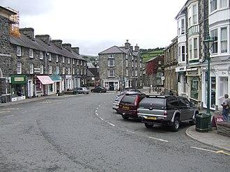 Dolgellau - Dolgellau town centre – Eldon Square/Y Stryd Fawr