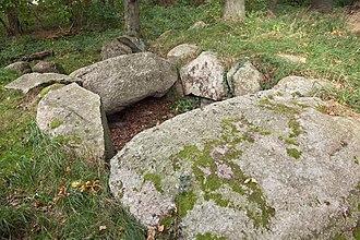 Great Dolmen of Dwasieden - Image: Dolmen Dwasieden 3