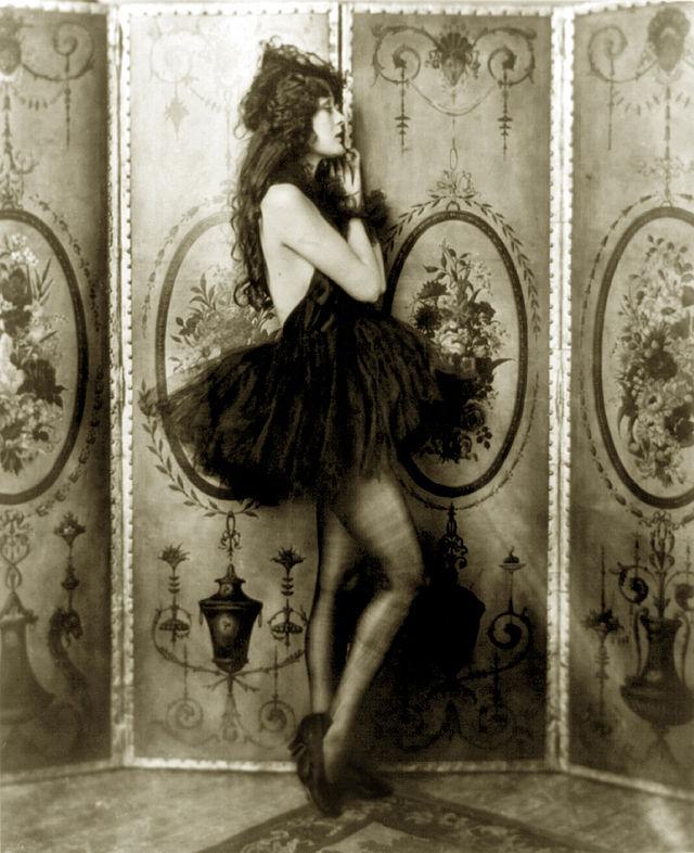 Ziegfeld girl - Wikiwand