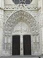 Dreux (28) Église Saint-Pierre 03.JPG