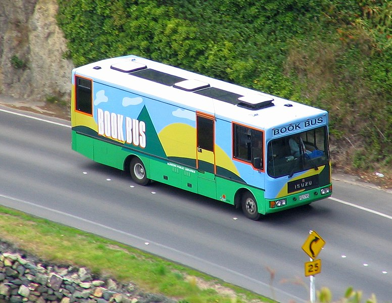 File:Dunedin Public Libraries Book Bus on Portobello Road, New Zealand.jpg