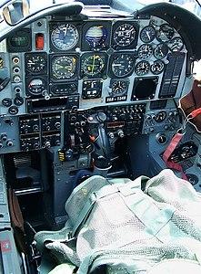 EMB-312 Cockpit.jpeg