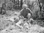 ETH-BIB-Jäger mit geschossenem Löwe-Kilimanjaroflug 1929-30-LBS MH02-07-0370.tif
