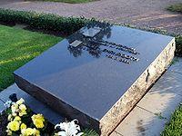 Ehrnrooth grave helsinki.jpg