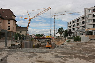 Heilbronn Stadtbahn - Installation of a temporary bridge at the site of the underpass for the railway tracks at Am Sülmertor (June 2012)