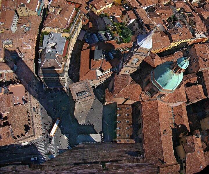 File:Emilia Bologna3 tango7174.jpg