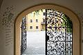 Evangelische Akademie Tutzing - Akademie - Tor Rezeption 003.jpg