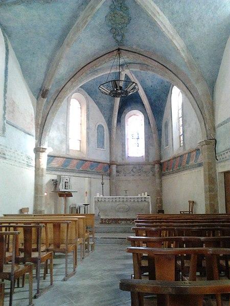 L'intérieur de l'église de Salasc (Hérault, France).